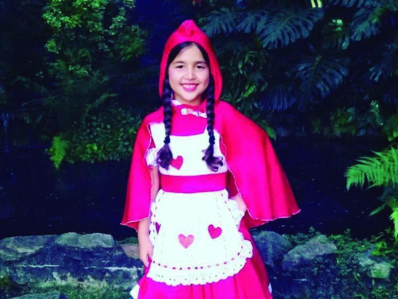 Sophia Menezes, filha do casal Luiz Otávio e Camila Menezes, na primeira formatura. Parabéns!