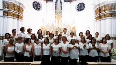 Essa é a turma do Magistério do Colégio Estadual, que comemorou com uma missa na Igreja da Matriz, no dia 19 de dezembro, 40 anos de formatura. Parabéns!!!