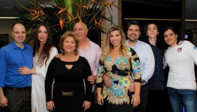 Em destaque a família Saliba na comemoração dos 70 anos  de vida do Amigo Aziz Saliba. Parabéns e mil felicidades!