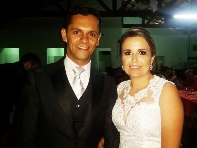 O casamento  de Jaqueline Santos e Deilson Borges no último  sábado deixou a noite com mais encanto. Parabéns e felicidades mil!