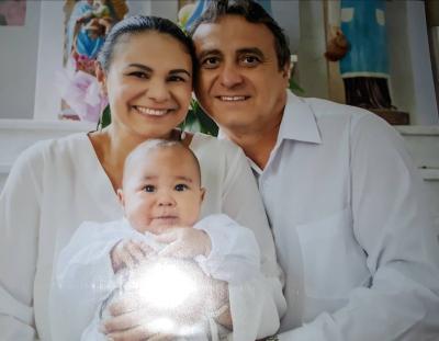 O fofíssimo João Marcos e os pais, Greciele da Geladassa e Valter. Uns amores!