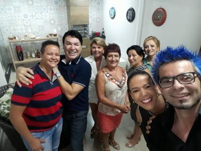 Amigos queridos Flávia Caetano, Gislene, Poliana Oliveira,  Regina Saldana, Valéria Campos, Beatriz Chaves e Luiz Parreiras