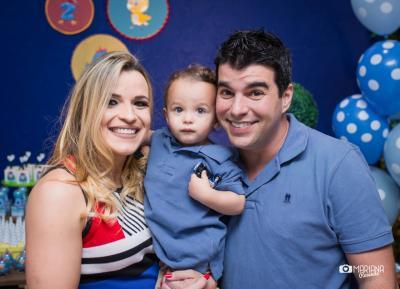 O garotão Gabriel, filho do casal Fernando Penido e Flávia Pamplona, comemorando o segundo ano de vida. Parabéns! (foto: Mariana Azevedo)