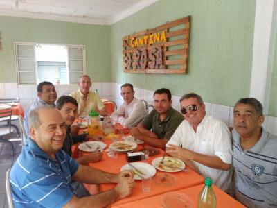 Destacando os amigos na Cantina da Rosa: o ilustre Aguinaldo, Rogério,  Jairinho, Wandberg, Faina, Igor Dornas, Braulio e Manel da Zinha