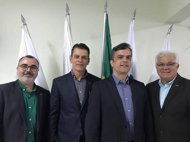 Marco Antônio de Oliveira Corradi (Superintendente CNDL), José César (Presidente eleito da CNDL), Maurício Nazaré  (Presidente da CDL Itaúna e Vice-presidente
