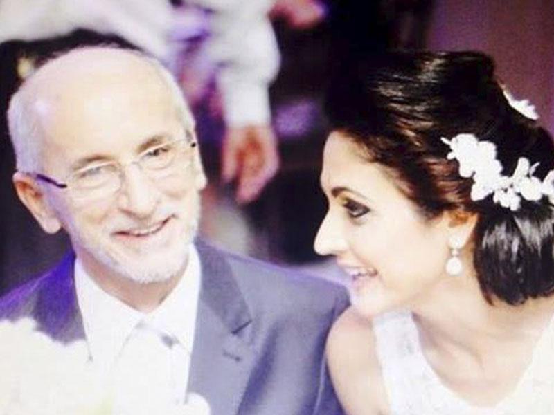 Meus adoráveis amigos Osmando Pereira e Rose Campos,  completando 4 anos de união conjugal. Amoooooo