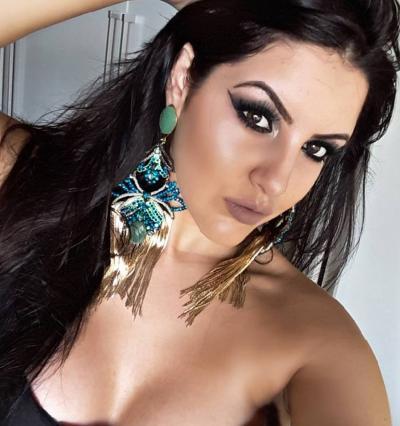 A top itaunense Graziela Parreiras, minha especial amiga. Um luxo!