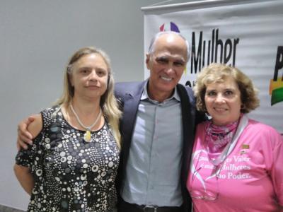 O vice governador Antônio Andrade e Ana Beghine Pércope, do PMDB Mulher