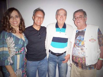 O casal Tilinho Prado e Jô, o Coronel Júlio Maria Mendes  e este colunista na festa do Zé, em Bom Despacho (vide nota)