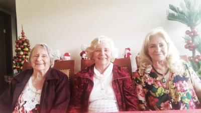 As irmãs Lopes Cançado Ruth, Vânia e Dilma.
